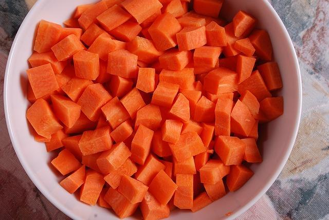 Sterilovaná mrkev ve sladkokyselém nálevu recept