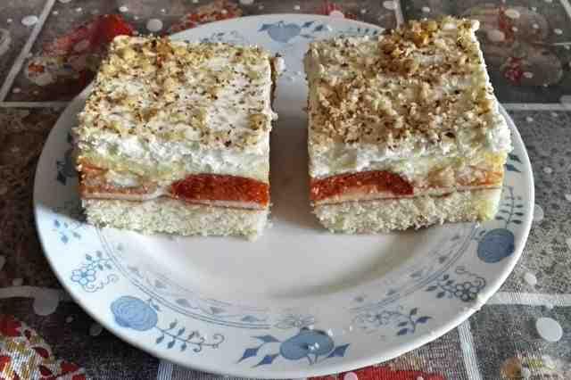 Výborný meruňkový koláč na plech recept