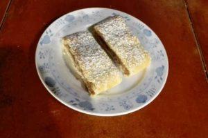 Křehký jablečný závin z nekynutého těsta - recept